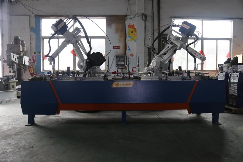 自动焊接机械人